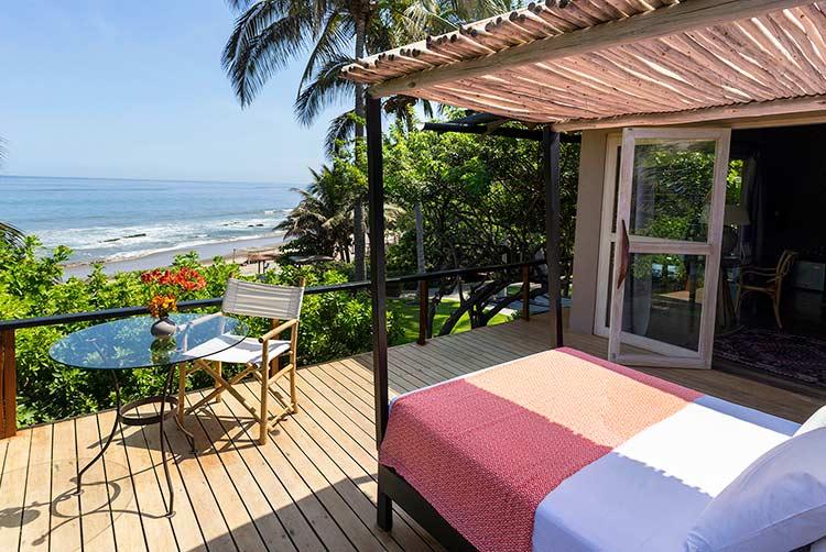 beach resorts in peru