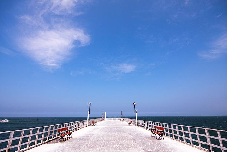 lima beaches cerro azul