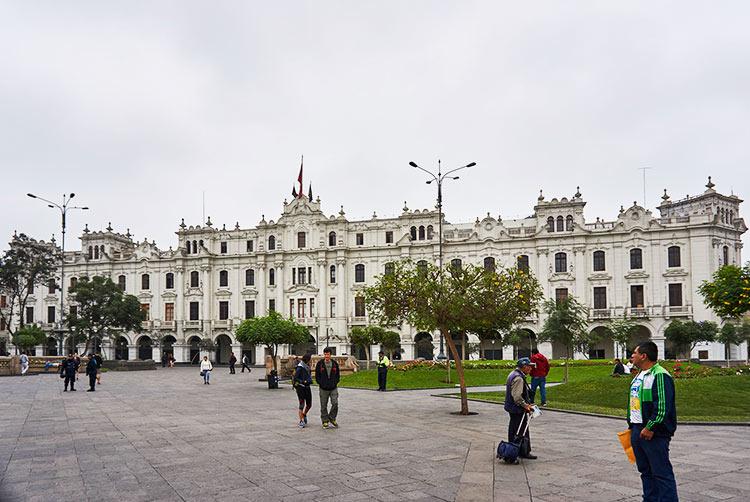 lima city tour free walking tour