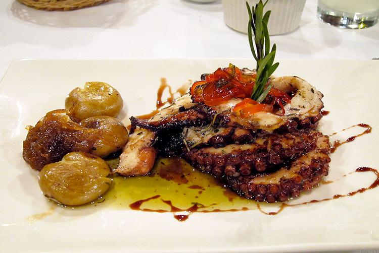 lima city tour traditional cuisine